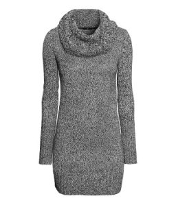 hmcowlnecksweater